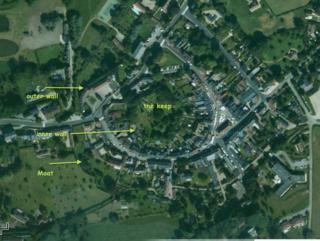 Lyons-la-forêt from the sky, google