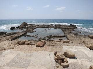 Cesarea-Herod's pool
