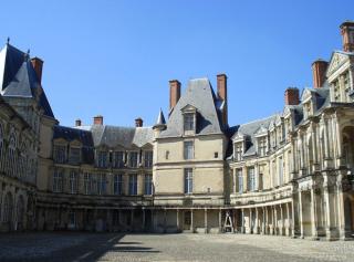 Fontainebleau--medival donjon