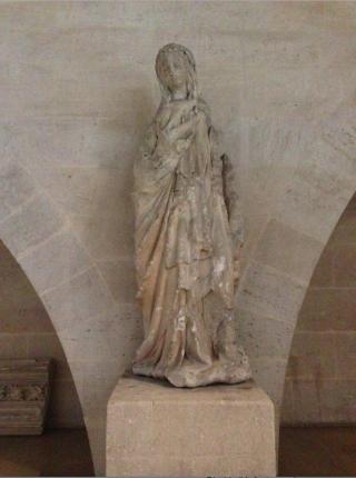 Pierrefonds.Salles des gardes.Virgin of the Annunciation.14th c.17OCT2017