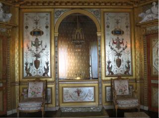 Fontainebleau.Marie Antoinette's boudoir.She had such beautiful taste.Oct 2017