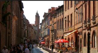 Toulouse.rue du Taur.