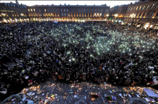 Toulouse.homage to Paris victims.depeche du midi.XAVIER DE FENOYL.15Nov2015