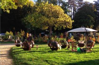 Chantilly.Journées des Plantes.lawn ornaments.14 OCT 2017