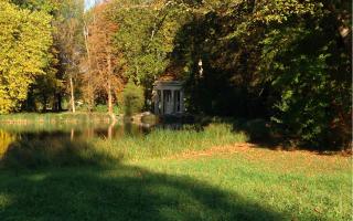 Chantilly.Temple of Venus.Oct 14 2017