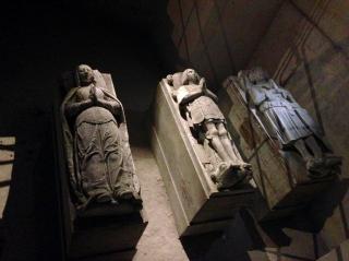 Pierrefonds.Underground crypt.17 OCT 2017