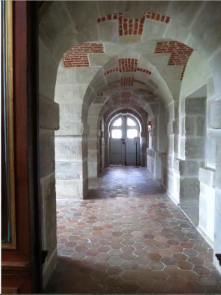 Fontainebleau.hexagon tile floor.Oct 2017