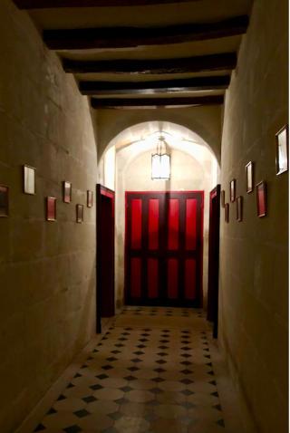 Manoir de la Touche.Hall