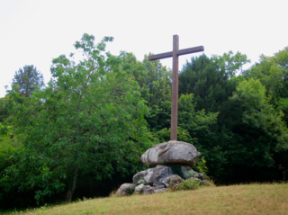 Vezelay.My photo of the cross where St Bernard preached the crusade.July15