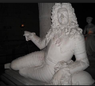 Pierrefonds.Gisants. you can't see his cane  but that's what is supporting his right arm