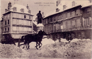 Langres.No 9 de la place.birthplace of Diderot on right