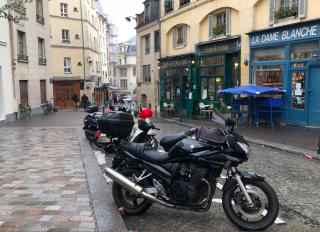 Paris.12FEB2018.street scene near Pantheon