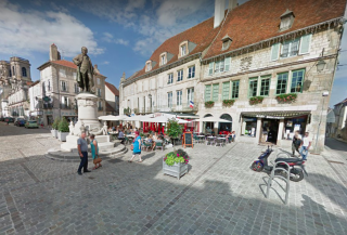 Langres.Statue of Diderot.google maps