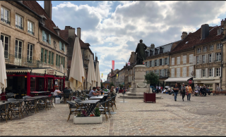 Langres.Diderot statue from back.1SEPT2018