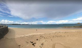St Malo.sea view from môle des noires:google
