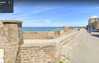 Saint Malo.View where the ramparts become rue du château Galliard.google