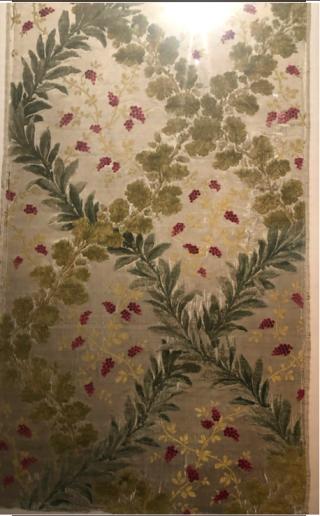 Lyon.Musée des Tissus.19c silk sample.17NOV2019