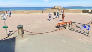 Saint-Malo.Bastion Fort la Reine.Fort National in distance.google