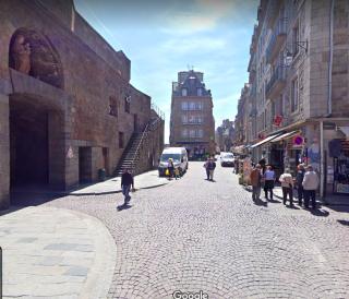 St-Malo.Place Poids du Roi.google maps