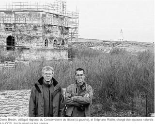 Belle-Île.Work starting on restoration of Les cinq parties du monde.2006