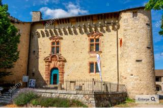 Saint-Alban-sur-Limagnole.chateau * office of tourism