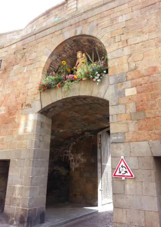 St Malo.Vierge de la Grande Porte.wikipedia