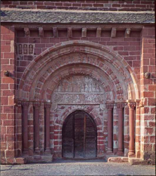 Espalion.chapelle de Perse.door.Base Merimee