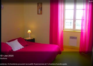 Golinhac.simple room in la Bastide d'Olt.hotel website