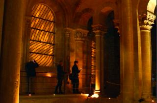 Conques.Evening tour of gallery.tourist bureau