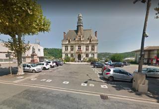 Decazeville.hotel de ville.google maps view