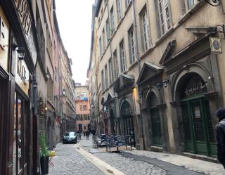 Lyon.rue Juiverie.facades are 1618..Nov2019