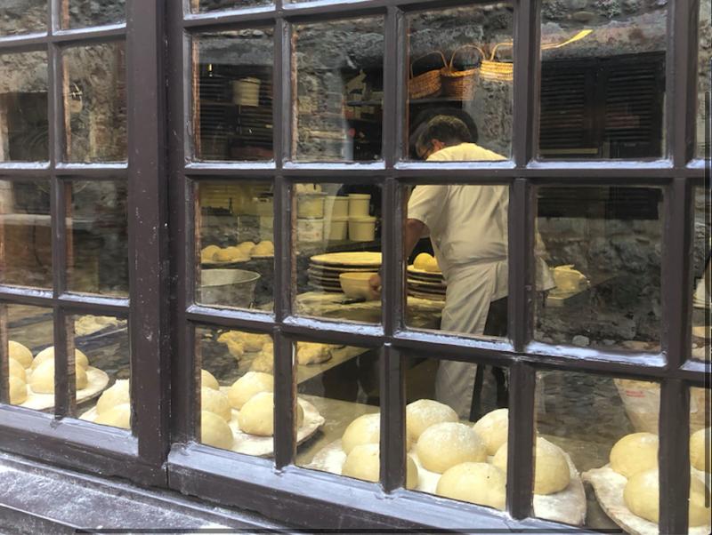 Pérouges.Baking Galette de Pérouges or something.Nov2019