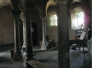 Le Puy-en-Velay.Interior sanctuary.2012