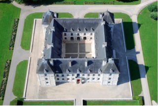 D'Ancy-le-Franc.perfectly square.from their website